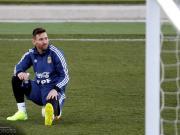 TNT Sport:梅西没有参加队内对抗赛是因为耻骨有些疼痛