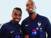 终于到手,法国队员今天拿到世界杯冠军戒指
