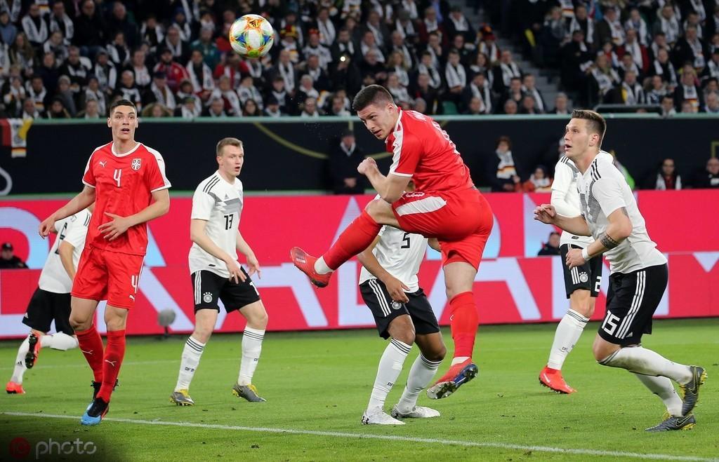 世界杯竞猜:首次触球就进