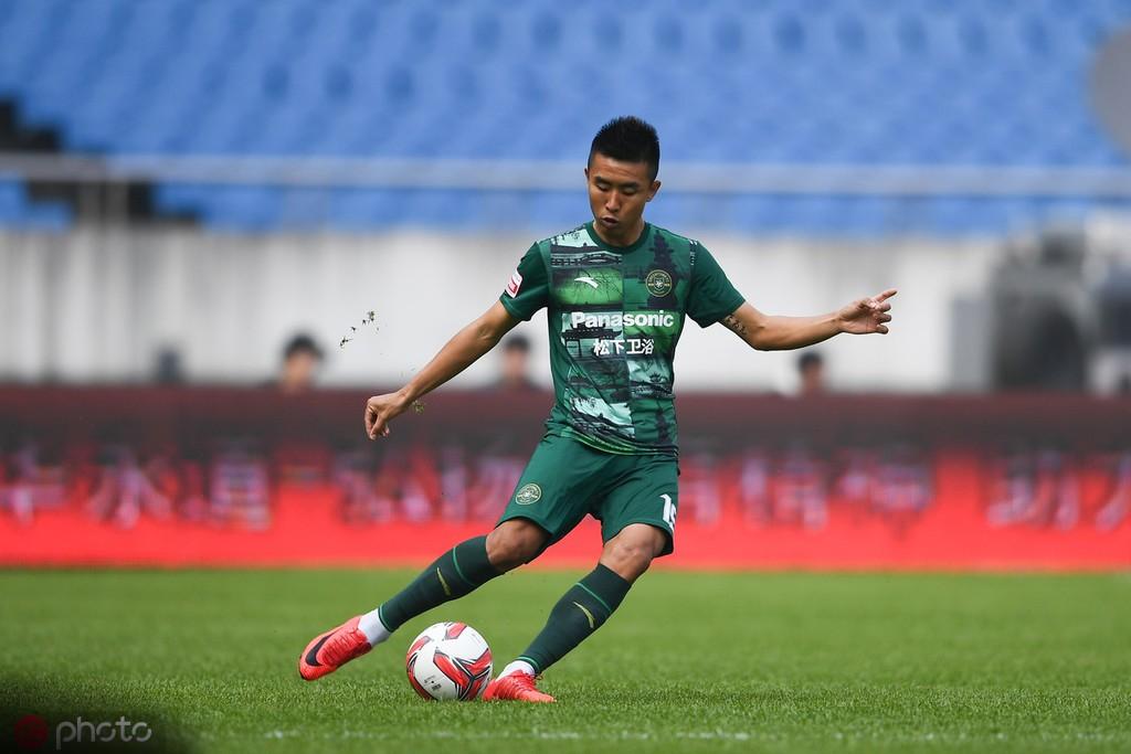 陕西0-0绿城,迪诺、崔仁进球被吹,王东升失良机