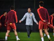 北青报:国足踢乌兹要用433,卡帅在训练中还亲自做示范
