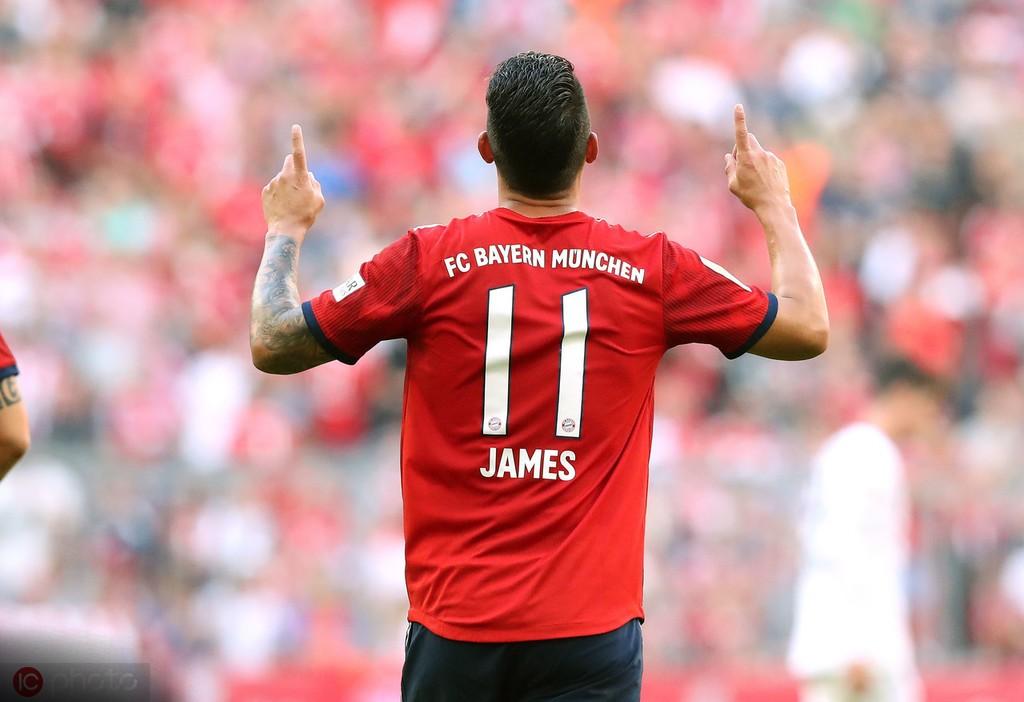 表现出色,J罗当选拜仁3月最佳球员