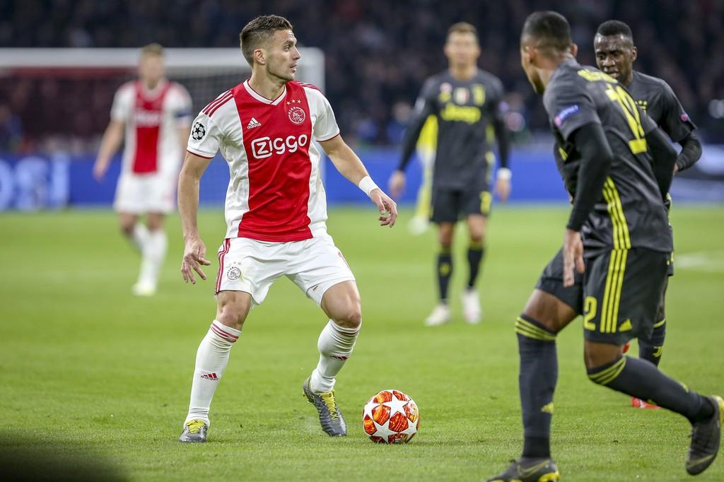 欧足联指控热刺与阿贾克斯,欧冠主场比赛中出现不正当行为 — 阿贾克斯