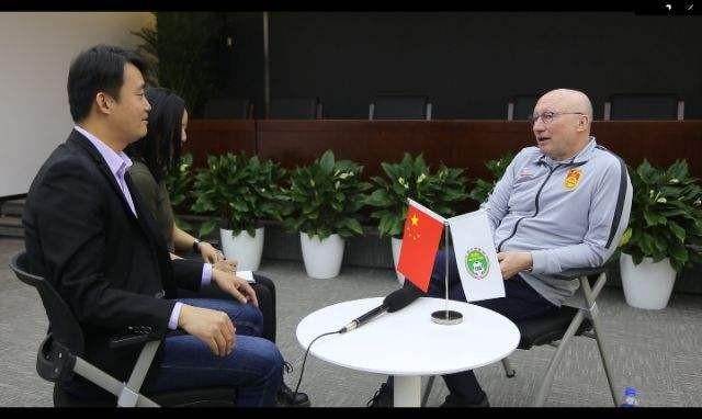 新华社专访足协技术总监