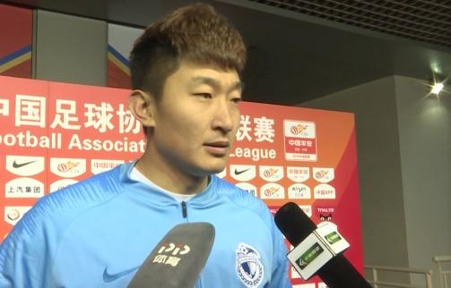 张翀:我们之前压力很大,球队的精神面貌逐渐变好了