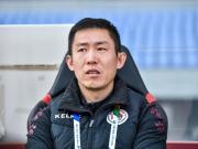辽足主帅:球队的伤病对比赛有影响,要好好解决防线问题