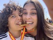 皇马少年队击败巴萨夺冠,马塞洛儿子开心晒奖牌
