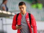 镜报:买前锋,利物浦也有兴趣在今夏引进约维奇