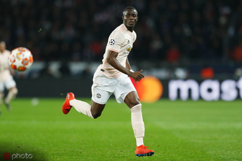 队报:不去里昂,拜利想留在曼联