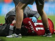 萨拉赫正常走出医疗室,伤势可能