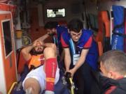 重伤!加拉塔萨雷球员阿克巴巴在比赛中骨折