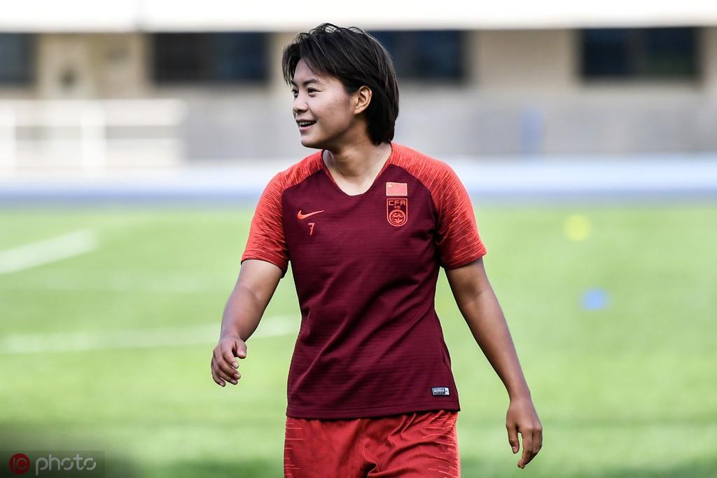 王霜:在俱乐部时少有谈论世界杯,会努力创造这代人的辉煌