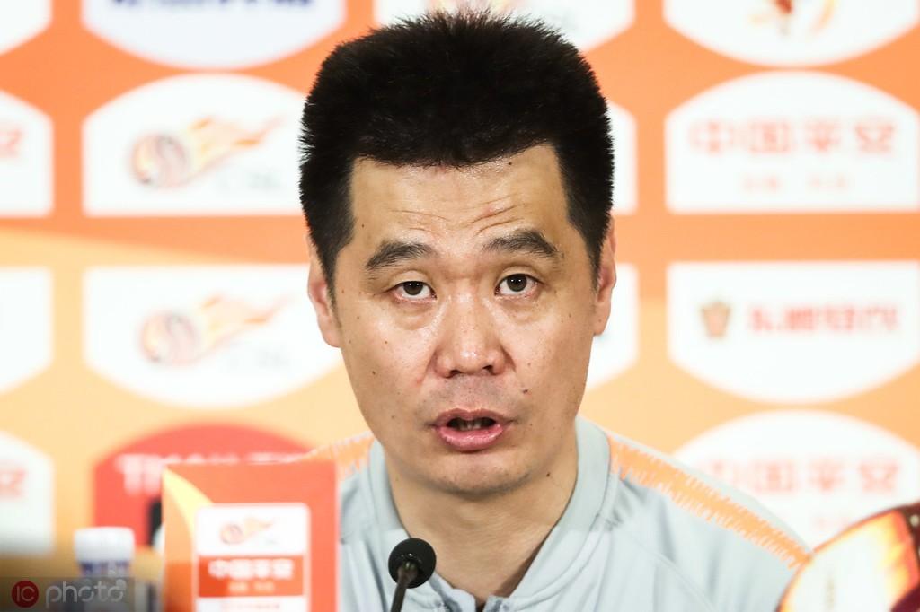 李霄鹏:申花队的中前场实力很强;亚冠的每场比赛都很重要