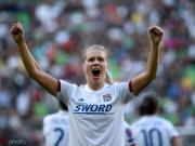 里昂女足4-1巴萨女足连续四年夺得欧冠,赫格贝里16分钟戴帽