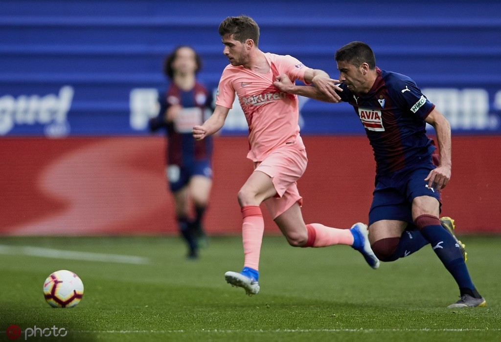 罗贝托:最好的球队才能夺冠;梅西不断进球代表我们赢面更大 — 巴塞罗那