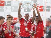 图片报:博阿滕没在场上和队友庆祝夺冠,也没有参加夺冠派对