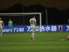 小惊喜,门兴中国行为球迷准备特制球衣
