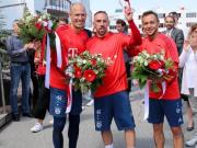 里贝里:不敢相信这是在拜仁的最后一练,感谢送别我们的人