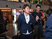 女足出征世界杯,只有不到10名球迷到机场送行