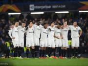 暖心,法兰克福球迷将欧联杯决赛球票捐给巴库贫困儿童