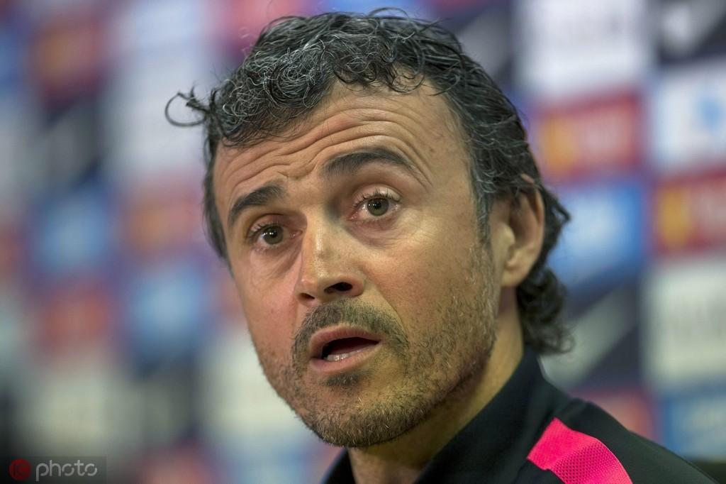 巴萨自2003年解雇范加尔后,16年来再未主动解雇过球队主教练