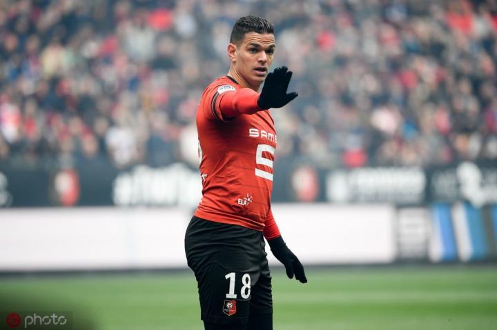 足球市场:自由球员本-阿尔法被推荐给了帕尔马