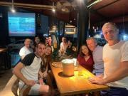众英超已婚裁判参加慈善旅行,结果在印尼花天酒地