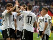 德国8-0大胜,罗伊斯、格纳布里双响,萨内被吹
