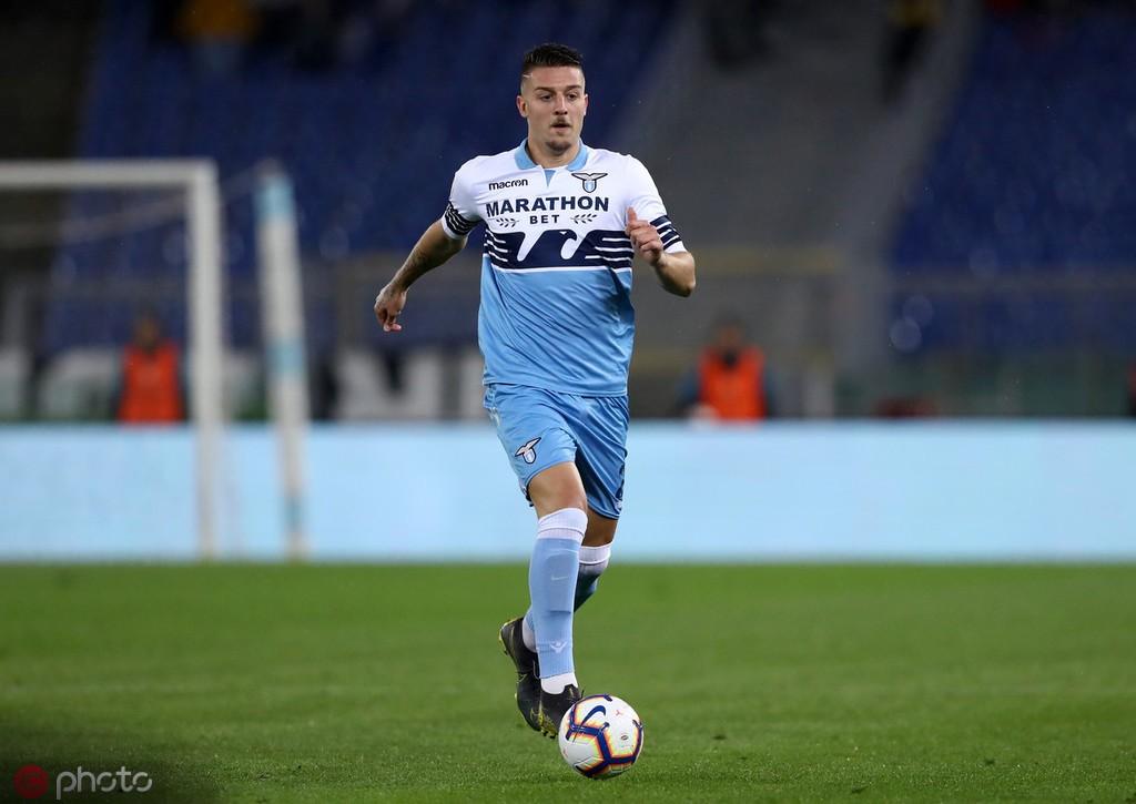 意媒:巴黎主管莱昂纳多想为球队签下米林科维奇和多纳鲁马