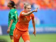 枪手女将为荷兰国家