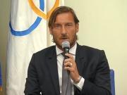 官方:托蒂正式离开罗马,不再担任球队技术总监