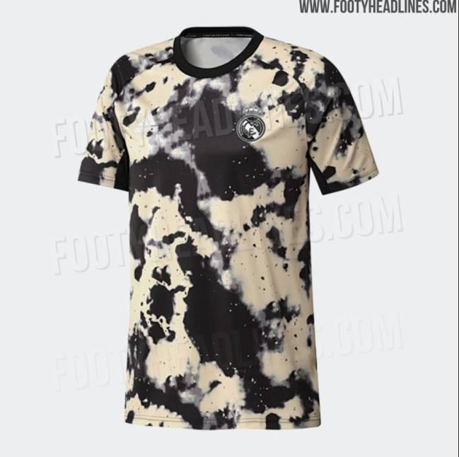 皇马新赛季赛前训练服曝光,采用奶牛配色