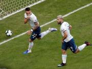 阿根廷2-0卡塔尔顺利出线,劳塔罗建功,阿圭罗一条龙破门