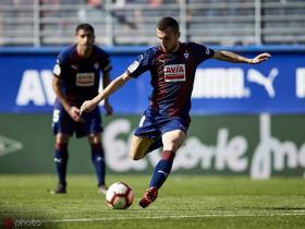 马卡报:战胜阿森纳,塞维利亚将在周四签下埃瓦尔中场
