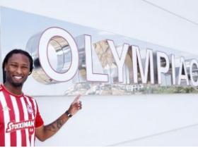 官方:奥林匹亚科斯签下比利亚雷亚尔后卫塞梅多