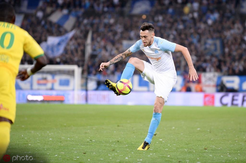 阿斯报:塞维利亚接近签下马赛边锋奥坎波斯