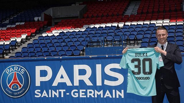 巴黎官方:原切尔西青年门将布尔卡免费加盟,签约2年