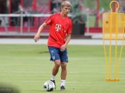 阿尔普:德国没有球队能和拜仁相比;要向莱万学习