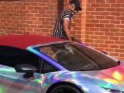壕气冲天:奥巴梅扬喜提新车,售价24万镑