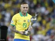巴西边锋埃弗顿:我已收到报价,不保证能在周四的比赛中出场