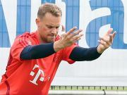 图片报:诺伊尔仍然手缠胶带训练,卢卡斯恢复顺利