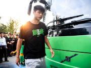 张玉宁:肩伤对我没什么影响了,但比赛时还需要打固定