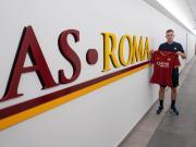 韦勒图:很高兴加盟罗马,能与这些出色的队友共事是我的荣幸