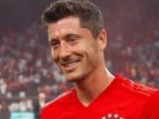 拜仁3-1胜皇马,替补登场的莱万当选全场最佳