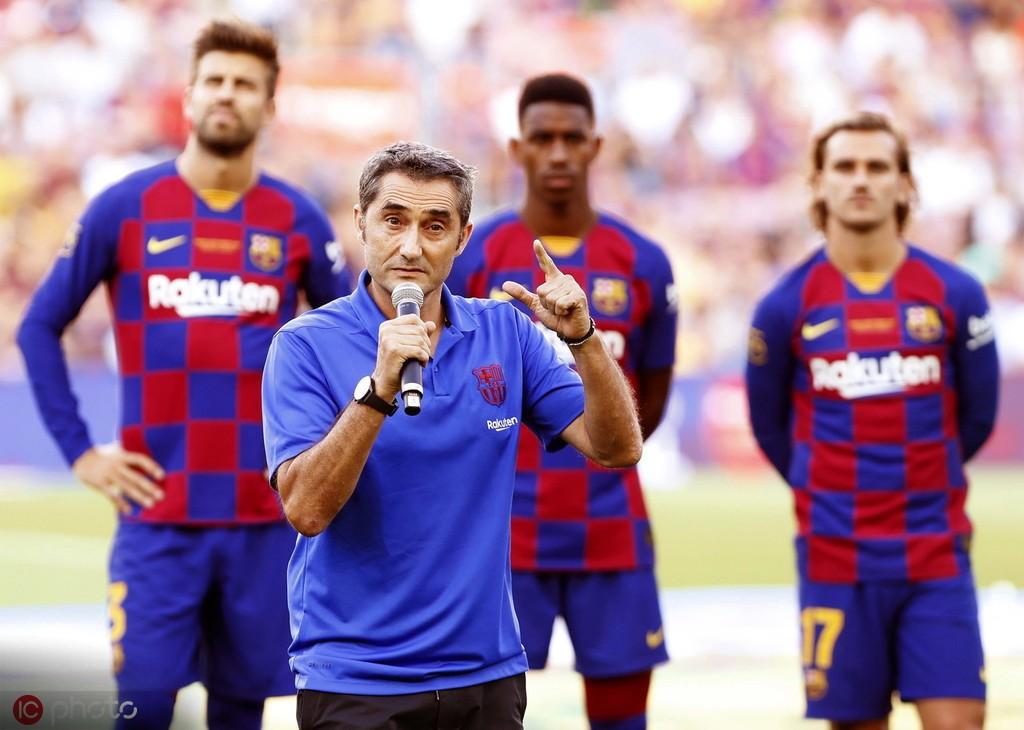 巴尔韦德:苏亚雷斯状态很好;想在4月庆祝西甲冠军的到来 — 巴塞罗那