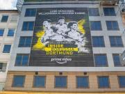 慕尼黑市中心现多特纪录片宣传海报:欢迎来看我们的更衣室