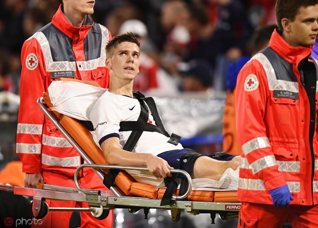 官方:福伊特左脚外侧韧带受伤,预计9月恢复训练
