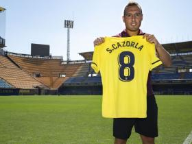 比利亚雷亚尔官方:新赛季卡索拉重新身披8号球衣