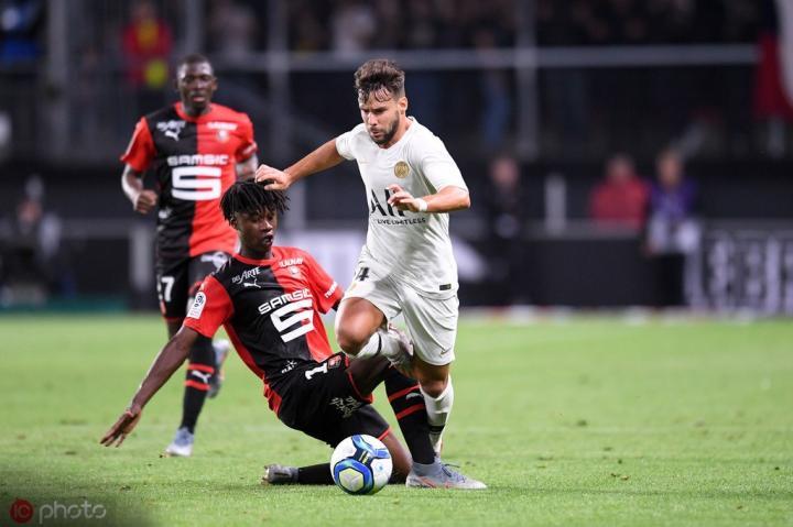 雷恩小将面对巴黎献助攻,成为法甲过去20年最年轻助攻球员