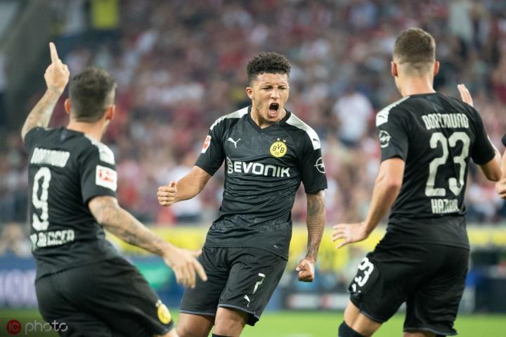 桑乔攻入德甲第15球,创造德甲历史最年轻进球纪录